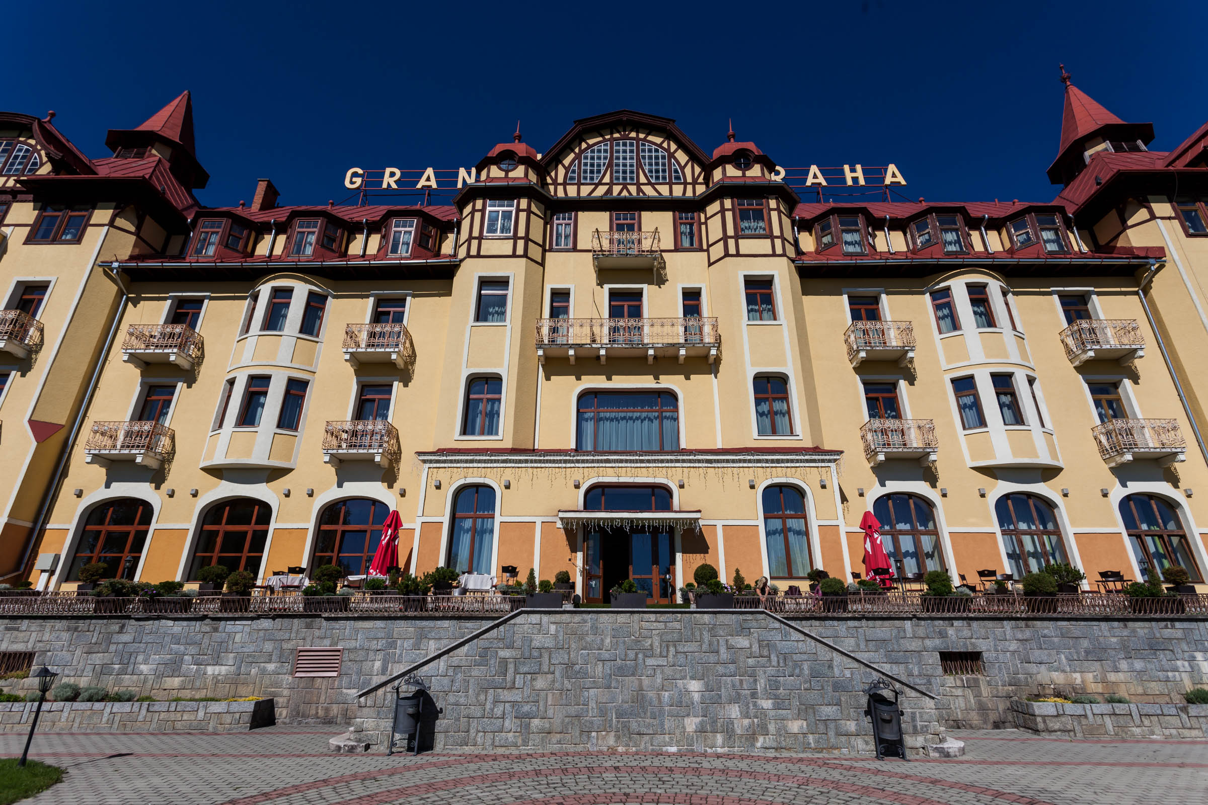IRCG 2017 Tatranská Lomnica, Grandhotel Praha - exteriér hotela